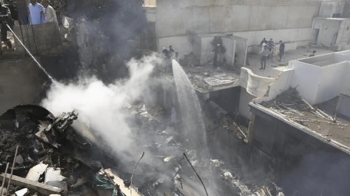 Korban Selamat Pesawat Jatuh Cerita Detik-Detik Mengerikan