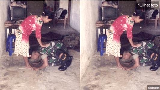 Bikin Terharu, Foto Tentara Sujud dan Cium Kaki Ibunya Ini Viral di Media Sosial