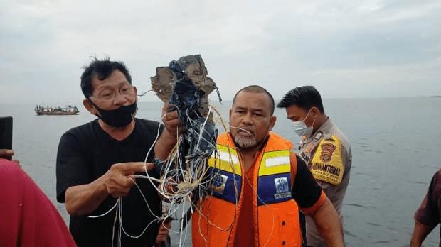 Nelayan Kepulauan Seribu Lihat Pesawat Sriwijaya Jatuh dan Keluarkan Api