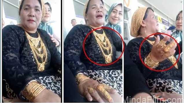 Bak Toko Emas Berjalan, Wanita Ini Pakai Perhiasan 1,150gr,Hiangga Dijuluki Hajjah Emas