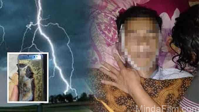 Main HP Sambil Ngecas Saat Hujan, Tubuh Pemuda Ini Gosong Tersambar Petirr