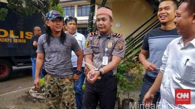 Tukang Kayu Ngaku Jadi Polisi, 1 Bidan dan 5 Janda Dihamili. Pelaku Dipaksa Menyerahkan diri